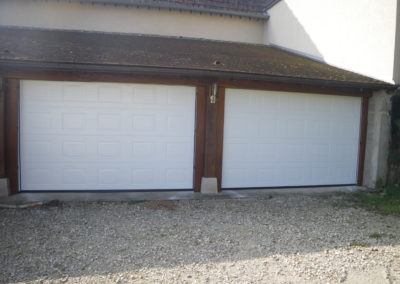 Double porte de garage sectionnelles