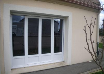 porte-fenêtre quatre vantaux en alu