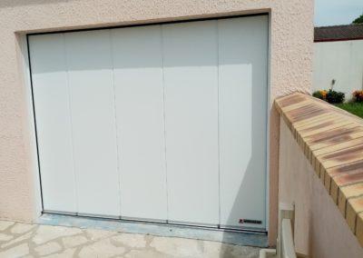 porte garage sectionnelle latérale HST42 hormann